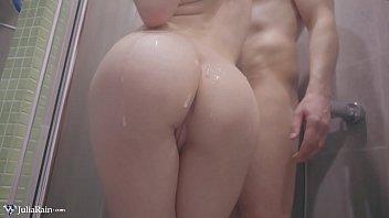 เอากันในห้องน้ำ