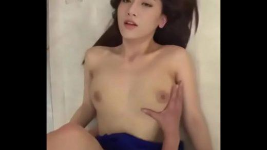 เย็ดหีนางแบบเสียงไทย